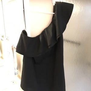 VINCE CAMUTO Black One Shoulder Top NWT